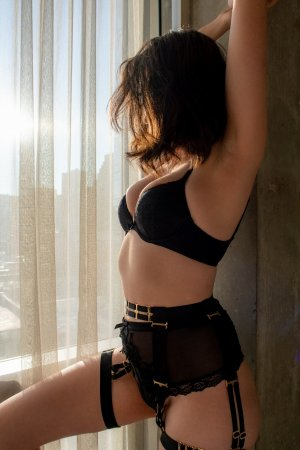 Emma-jane happy ending massage in Lochearn MD