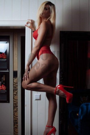 Wladislava erotic massage in Mission
